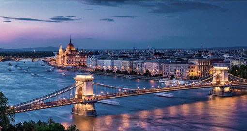 Blessed with a beautiful natural setting, Budapest has a rich architectural and historical heritage