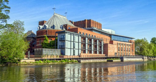 Visit the world renown Royal Shakespeare Theatre in Stratford on your England vacation