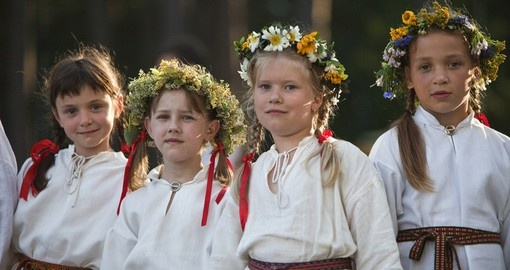 Latvian youth song and dance