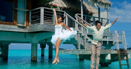 Enjoy your dream destination wedding and start your honeymoon right away with a Trip to Bora Bora.