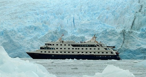 Enjoy all the amenities of the vessel Stella Australis on your next trip to Argentina.