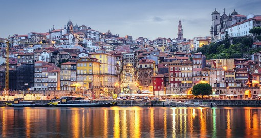 Located on the banks of the Douro Rive, Porto is a great stopover on your Portugal Vacation
