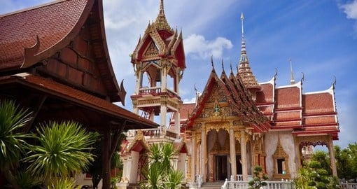 The spectacular architecture of Wat Chalong temple - a great photo opportunity on your Thailand vacation.