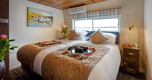 Front View of the Double Suite on the Shannon Princess.