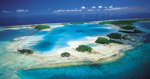 Te Kokōta, is one of the largest atolls in the world