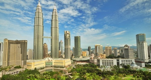 Walk among the locals and enjoy traditional meals and amazing architecture on your Malaysia Vacation