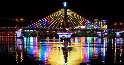 Han River Bridge is a popular spot for taking photos on your Vietnam vacation.