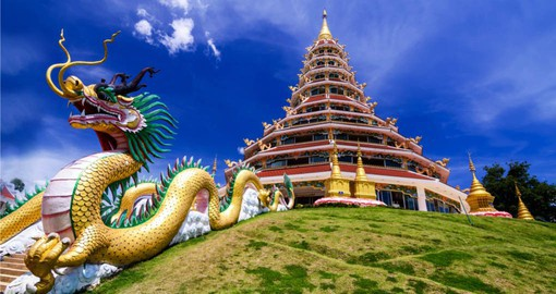 Experience the Chinese Temple of Chaing Rai as part of your Thai Vacation