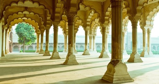 Gallery of Pillars, Agra Fort