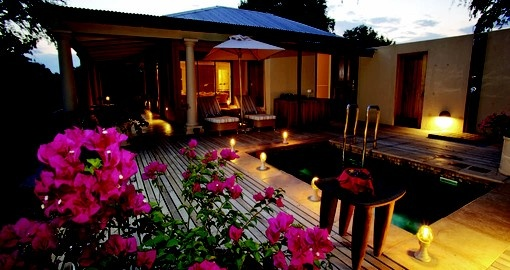 Stay at the Mala Mala Rattrays Game Lodge during your South Africa trip.