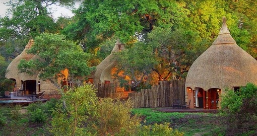 Your 4 day South Africa vacation features the Hoyo Hoyo Safari Lodge