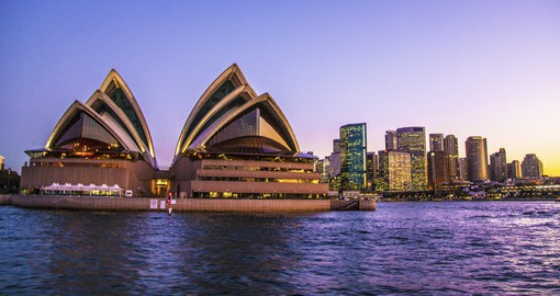 Visit Sydney Opera House on your Australia vacation
