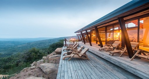 Your 4 day South Africa vacation features a stay at the Rhino Ridge Safari Lodge.