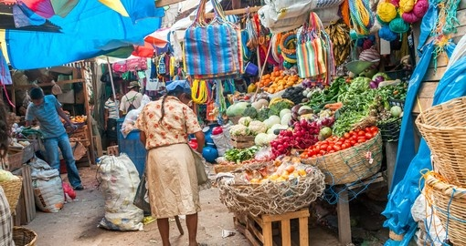 Markets with vegetables and fruit are open every day