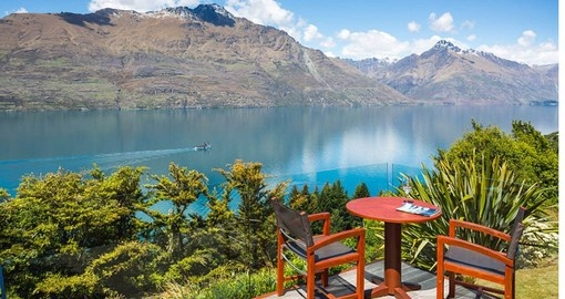 Unobstructed mountain and lake views from Azua Lodge are part of your ultimate New Zealand vacation
