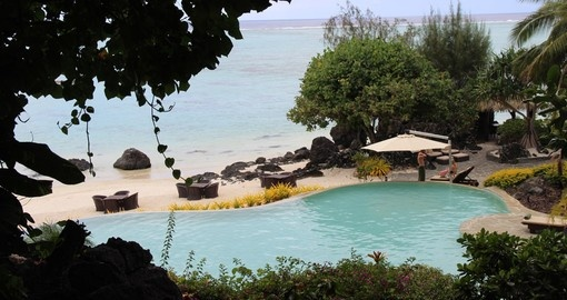 Stay in  Luxurious accommodation on your Cook Islands Honeymoon