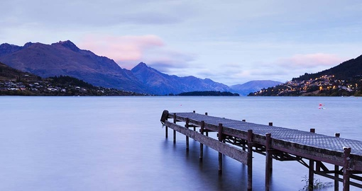 Discover the beauty of Lake Wakatipu on your trip to New Zealand.