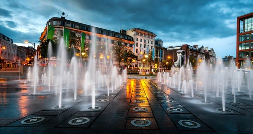 Explore Piccadilly Gardens on your England Tour