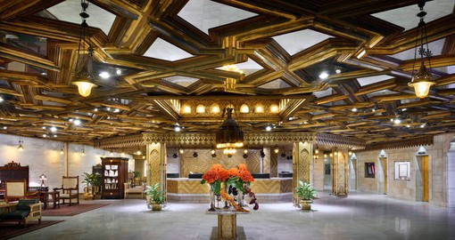 The impressive lobby of the Mena House welcomes you on your Egypt vacation