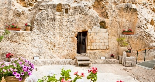 Garden Tomb in Jerusalem is proposed as the place of Jesus burial and is a must inclusion on all Israel trips.