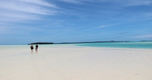 Aitutaki's Beautiful Lagoon is a must inclusion and a highlight of all Cook Islands vacation packages