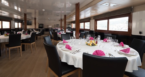 The Dining Room on the MS Karizma.