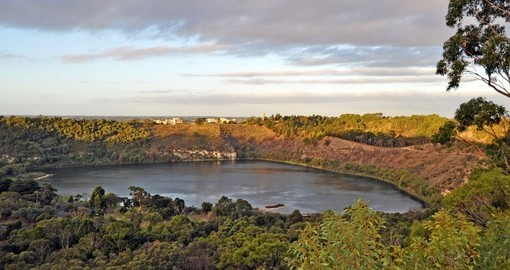 Visit beautiful Blue Lake at Mt. Gambier on your Australia Vacation