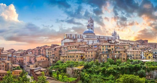 Siena, like other Tuscan hill towns, was first settled around 900 BC