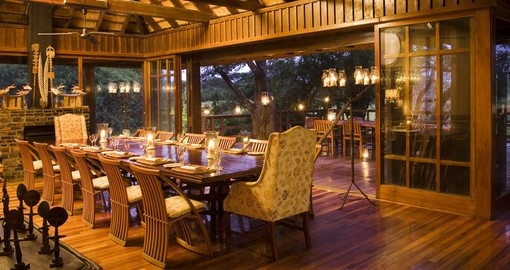 Explore and enjoy all the amenities of the Phinda Vlei Lodge during your next South Africa safari.