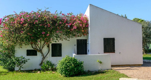 Relax in your villa at Pedras da Rainha on your Portugal vacation