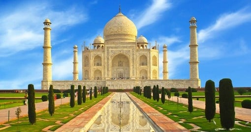 India's majestic ivory-white marble mausoleum, the Taj Mahal, is a great destination to include on your Asia tour.