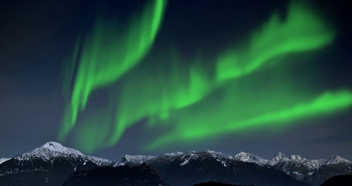 Experience natures one of the most amazing gift The Northern Lights on your next trip to Iceland.
