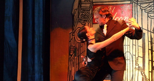 Watch some Street Tango in Buenos Aires on your Argentina Tour