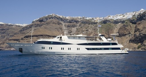 Set sail around the Greek islands onboard the Harmony Five