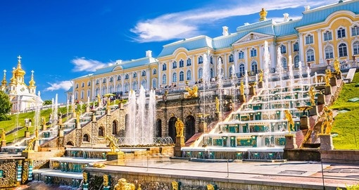 Discover Peterhof the Summer Palace more known as Russian Versailles during your next Russia vacations.