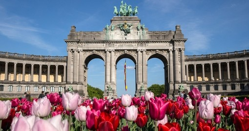 The Arc de Triomphe is always a popular site to visit on all Brussels tours.