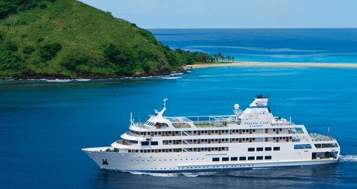 Experience all the amenities of the Reef Endeavour vessel on your next  Fiji vacations.