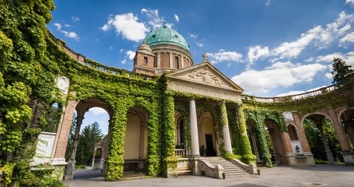 The Mirogoj Cemetery in Zagreb