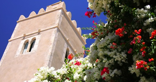Towers and Flowers in Sousse
