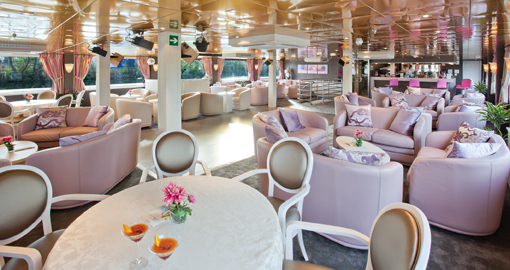 Restaurant on the MS Gerard Schmitter.