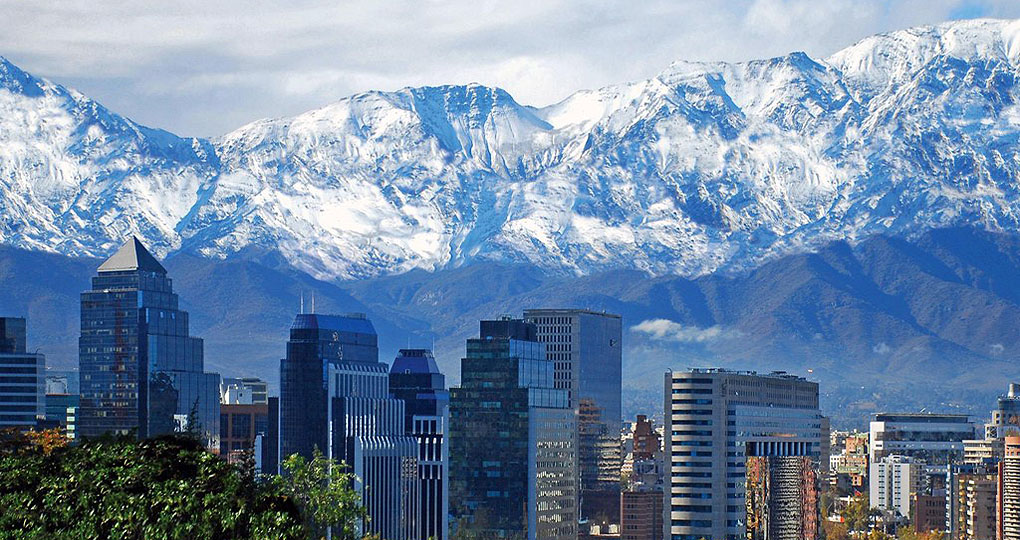 Santiago in front of mountains